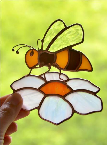 Que se passe-t-il si la reine des abeilles vous pique ?