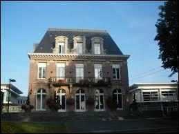 Nous sommes dans les Hauts-de-France, à Mouvaux. Ville de la métropole Lilloise, elle se situe dans le département ...