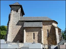 Vous avez sur cette image l'église Saint-Pierre de Neuville. Commune de l'ex région Limousin, elle se situe dans le département ...