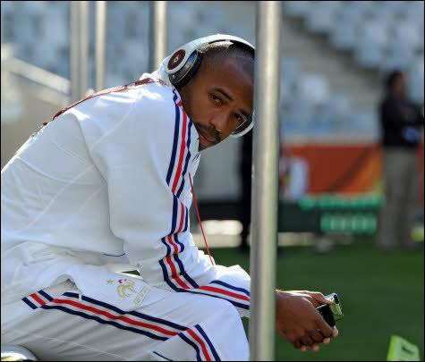 Quel était le mythique numéro de maillot de Thierry Henry en équipe de France ?