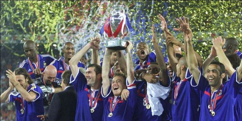 Quel joueur a inscrit le but égalisateur en finale de l'Euro 2000 contre l'Italie pour le 1-1 à la 94e minute ?