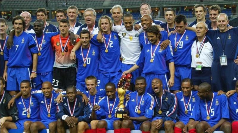 Qui a marqué le but en or en finale de la Coupe des confédérations contre le Cameroun en 2003 (victoire 1-0 a.p.) ?