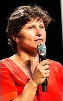 Ancienne nageuse connue, la native de Bucarest Roxana Maracineanu est depuis septembre 2018 ministre ! Quelle est sa fonction dans le gouvernement ?