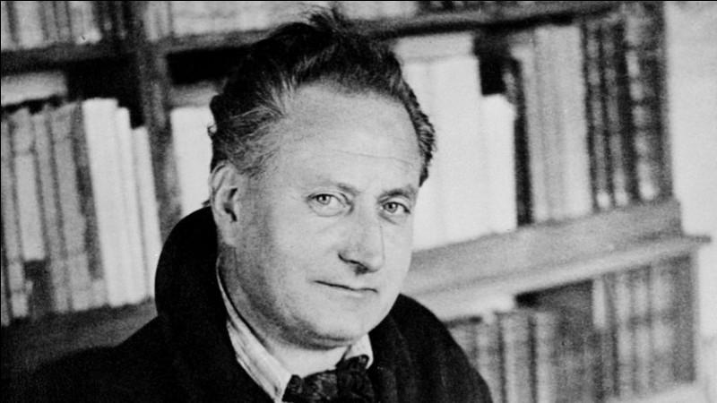 """Complétez le titre de ce roman de Jean Giono publié en 1947 : """"Un roi sans …""""."""