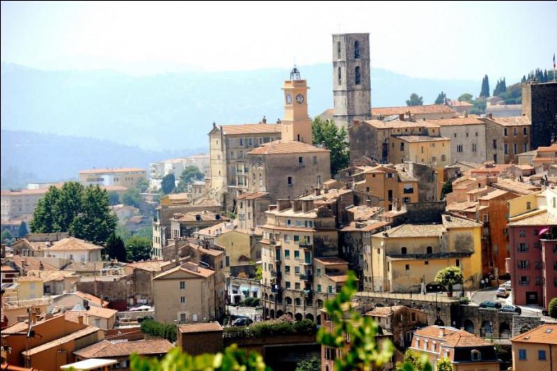 Quelle est la spécialité de la ville de Grasse (06) ?