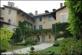 Voici la maison natale du célèbre compositeur Hector Berlioz. Dans quelle ville se trouve-t-elle ?