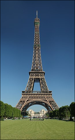 Quel est ce monument très connu situé à Paris et visité par 7 millions de visiteurs par an ?