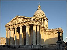 Comment s'appelle ce monument situé à Paris sur la montagne Sainte-Geneviève ? Plusieurs grands personnages y sont inhumés comme Voltaire, Victor Hugo, Simone Veil, Emile Zola...
