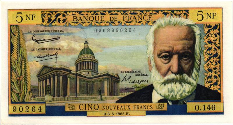 """Le """"Nouveau Franc"""" entre en vigueur le 1er janvier - un Nouveau Franc vaut 100 anciens francs :"""