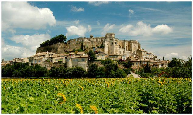 Grignan, le plus beau village de France