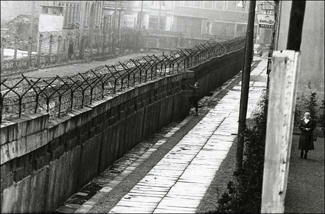 En quelle année le mur de Berlin fut-il construit ?