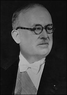 Je vous présente Vincent Auriol, président d'une des plus courtes républiques parmi les cinq instaurées. De quelle République a-t-il été élu ?