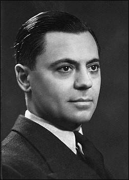 Né à Béziers, dans l'Hérault, ce héros de la Résistance a été chargé d'unifier et d'organiser la résistance face à l'armée nazie. Qui est cet homme ?