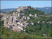 Quelle bastide du Tarn construite en 1222, étape du pèlerinage de Saint-Jacques-de-Compostelle, a été lauréate du concours en 2014 ?