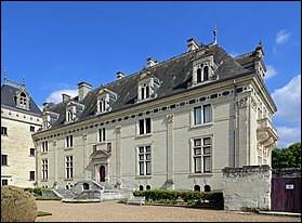 Pays de la Loire - Château de Brézé. Dans quel département pourrez-vous visiter ce château ?Indice : 49 !
