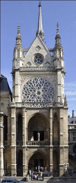 Île-de-France - La Sainte-Chapelle à Paris. Quel est le style utilisé pour cette chapelle ?Indice : Saint-Louis