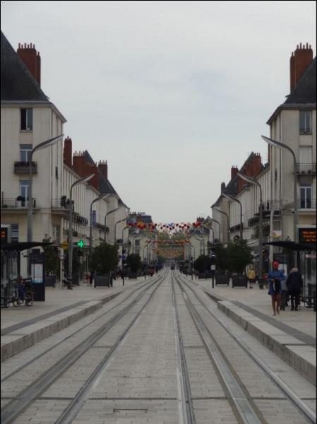 Enfin, saurez-vous me dire où trouver cette rue Nationale ?