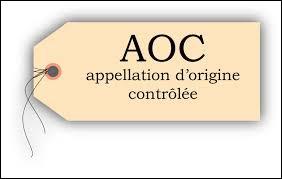 En quelle année le reblochon obtient-il l'AOC ?