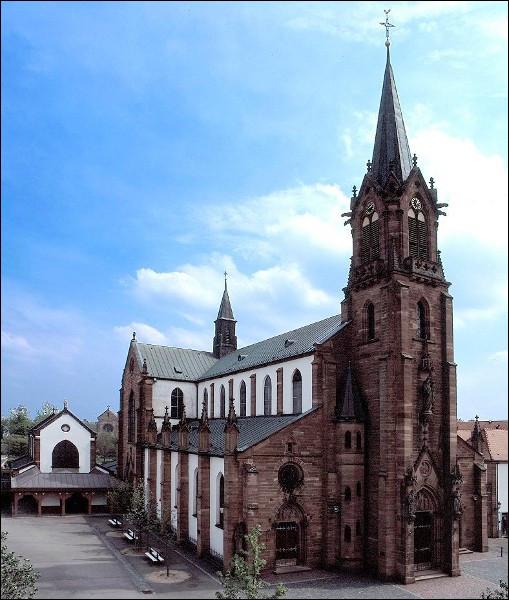 C'est un lieu de pèlerinage que la basilique Notre-Dame-de-Marienthal située à Haguenau :