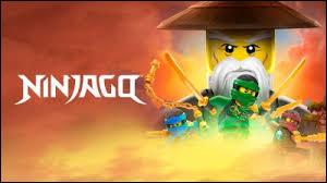 Que devient Lloyd dans l'épisode 13 de la saison 2 de Ninjago ?