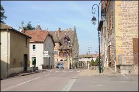 Commune de l'ancienne région Bourgogne, Saint-Igny-de-Roche se situe dans le département ...