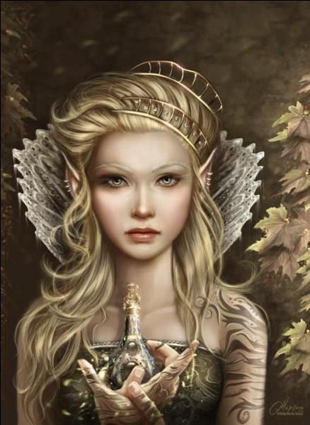 Comment se nomme la dirigeante de l'Empire des Elfes ?
