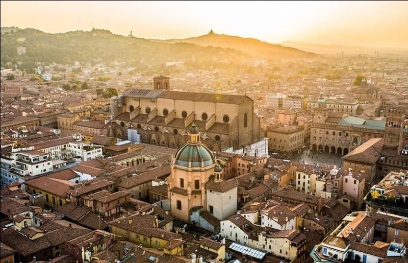 Bol comme Bologne : dans quelle région italienne est située Bologne ?