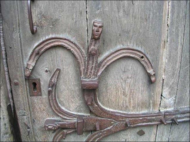 Billom fut, du Moyen-Âge à l'époque moderne, une ville tournée vers le commerce. L'un de ses produits manufacturés des plus renommés était ...