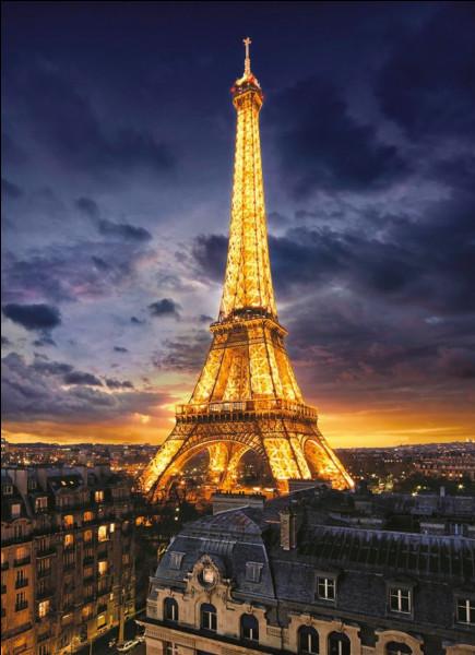 Combien de mètres mesure la tour Eiffel ?