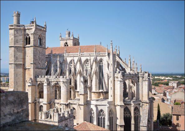 Le dernier site de ce top 20 des plus visités est la cathédrale Saint-Just-et-Saint-Pasteur de Narbonne ! Elle est pourtant inachevée : que ne trouverez-vous pas à l'intérieur ?