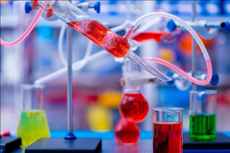 Avec quoi devrez-vous mélanger du phosphure d'aluminium pour obtenir de la phosphine ?