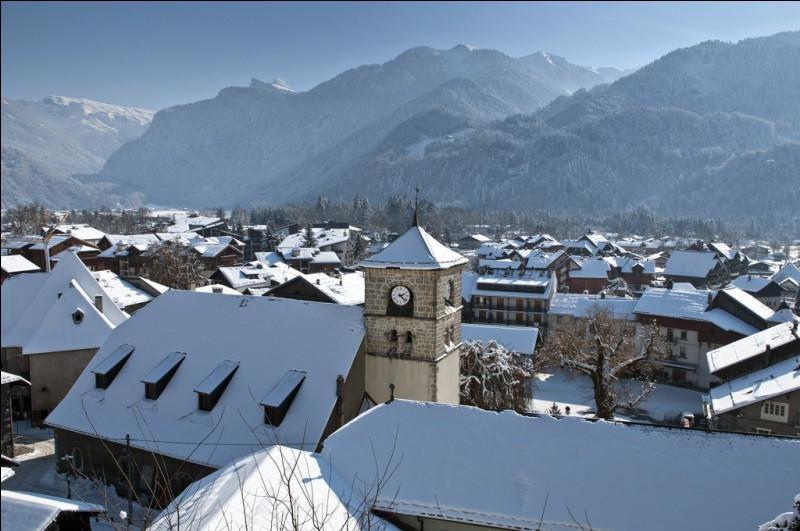 Sa comme Samoëns : dans quel département est située cette petite station de sports d'hiver ?