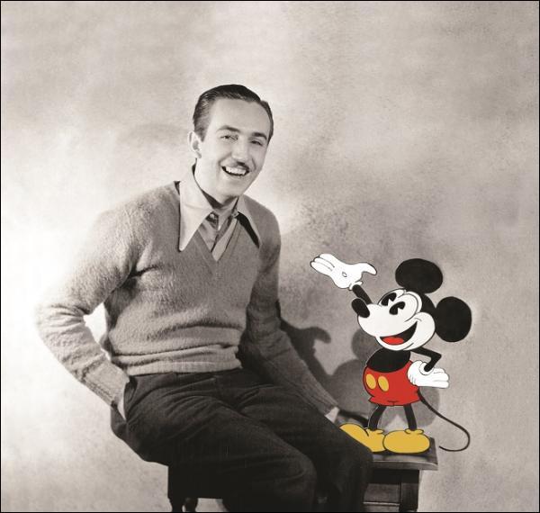 Pour finir, quel est le nom complet du fondateur de Walt Disney Company ?
