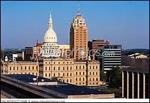 Lansing est la capitale de quel Etat ?