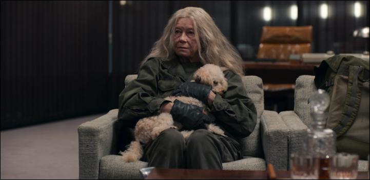 Quel est le personnage joué par Lisa Kreuzer ?