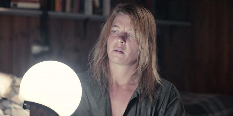 Quel est le personnage joué par Jördis Triebel ?