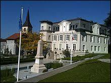 Je vous propose de partir en Auvergne-Rhône-Alpes, à la découverte de Publier. Ville sur les bords du lac Léman, en face des villes suisses de Morges et de Lausanne, elle se situe dans le département ...