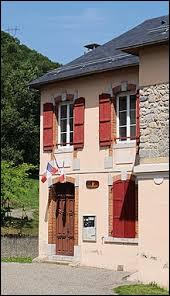 Petit village Bigourdan de 33 habitants, Uz se situe en région ...