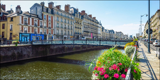 Où est située la ville de Rennes ?