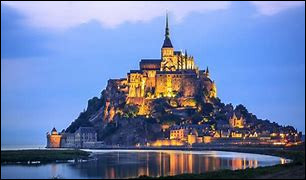 """La Basse Normandie abrite quelle ville """"flottante"""" ?"""