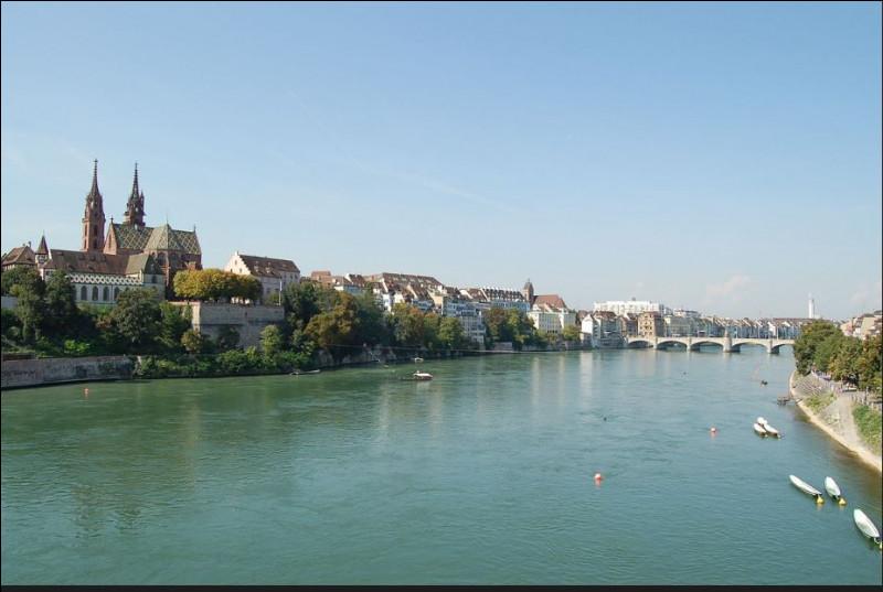 Quelle est la longueur du Rhin ?