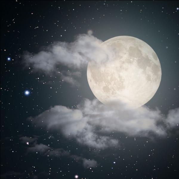 Quelle est la distance de la Terre à la Lune ?