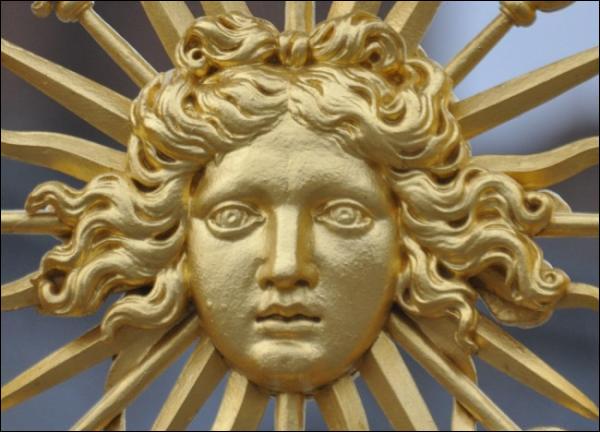 """Pourquoi Louis XIV était-il surnommé """"le Roi-Soleil"""" ?"""
