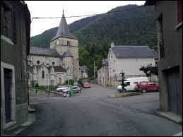Commune Bigourdane, dans la vallée d'Aure, Cadéac se situe dans l'ancienne région ...