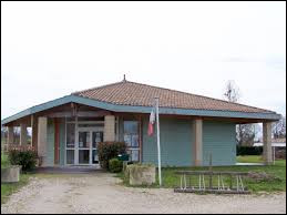 Nous sommes en Nouvelle-Aquitaine, à Gans. Commune du Bazadais, dans l'arrondissement de Langon, elle se situe dans le département ...
