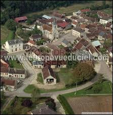 Petit village de Bourgogne-Franche-Comté de 60 habitants, dans l'arrondissement d'Avallon, Quincerot se situe dans le département ...
