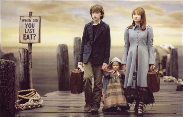 De quels orphelins Lemony Snicket a-t-il conté «les désastreuses aventures» ?