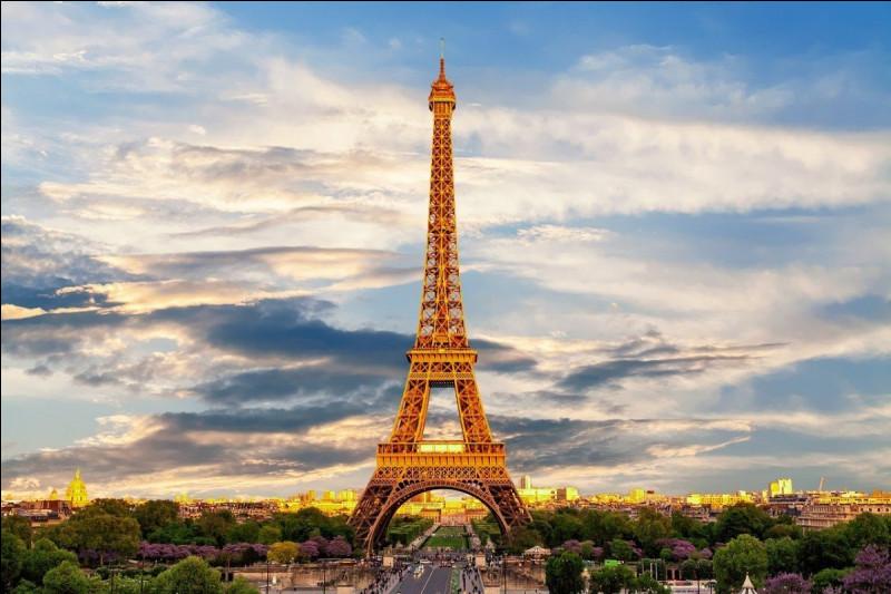 Qui a été le premier président de la Ve République française ?