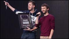 Laink et Terracid se sont fait voler leur trophée YouTube pour les 1 million d'abonnés.