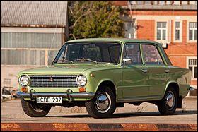 """Cette FIAT 124 soviétique a longtemps été appelée """"Jigouli"""". Officiellement, elle s'appelle 2101. Quel constructeur l'a produite ?"""
